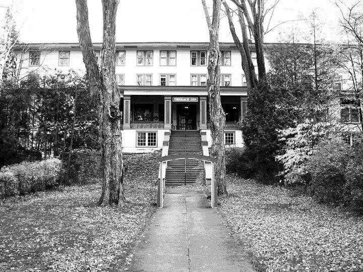Terrace inn and 1911 restaurant petoskey michigan real for 1911 restaurant at the terrace inn