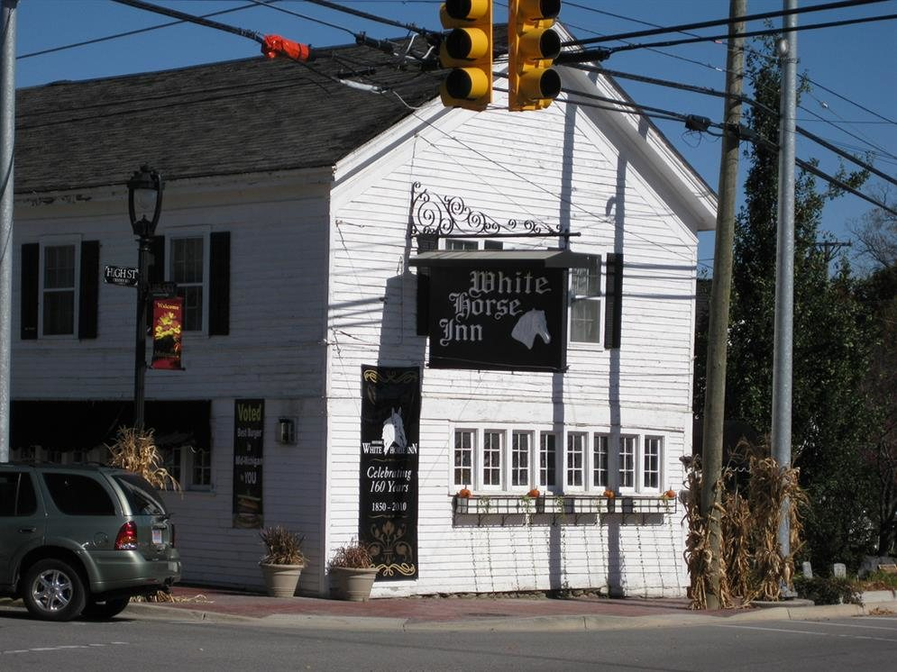 white horse inn metamora michigan real haunted place. Black Bedroom Furniture Sets. Home Design Ideas